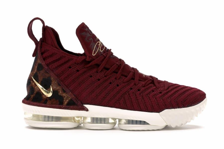 Nike LeBron16 King