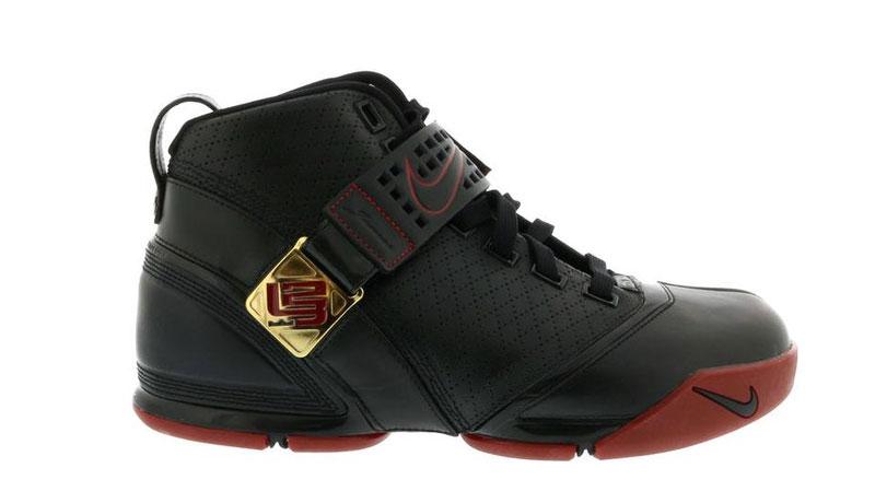 Nike LeBron 5 Black Crimson Metallic Gold